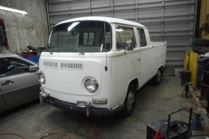 Volkswagen : Bus/Vanagon crew cab all gates