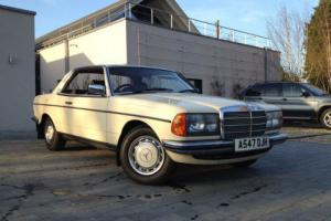 Mercedes-Benz 230 CE Coupe Manual