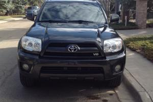 Toyota : 4Runner LTD V8