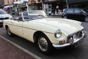 1967 MGB Roadster Photo