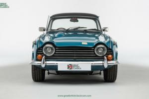 Triumph TR250 // Valencia Blue // 1968 Photo
