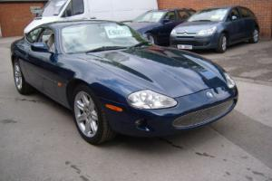 Jaguar XK8 Photo