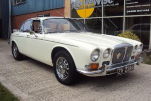 1972 Daimler Sovereign 4.2 Saloon Automatic, (Jaguar XJ Series II) Photo