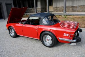 Triumph : TR-6 Photo