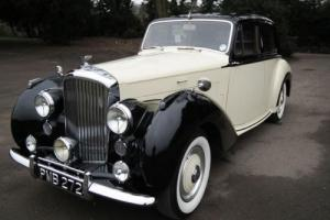 1952 Bentley R-Type Saloon (Standard Steel) Photo