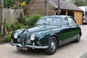 1968 Jaguar Mk. II Saloon (2.4 litre) Photo