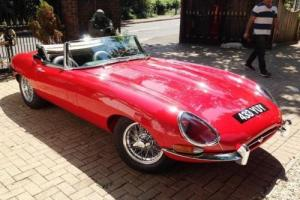 1961 Jaguar E-Type Series I Roadster 'Flat floor' Photo