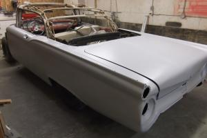 Ford : Fairlane Convertible