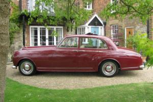 1956 Bentley S1 H.J Mulliner Six Light Saloon