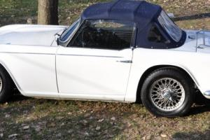 1965 Triumph TR4A Photo
