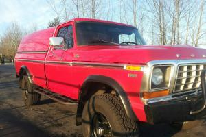 Ford : F-250 Camper Special