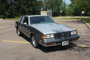 Oldsmobile : Cutlass 2 Door hardtop