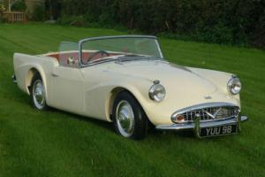 Daimler SP 250 Dart B Spec Photo