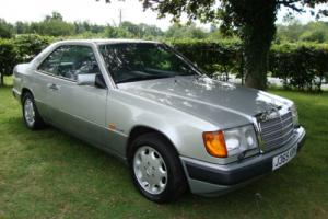Mercedes 230 SPORTLINE CLASSIC COUPE lovely condition FULL HISTORY auto
