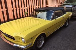 Ford : Mustang convertable