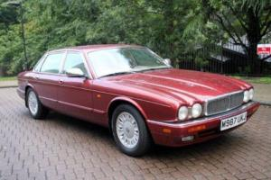 Daimler XJ Series 4.0 auto Six Photo