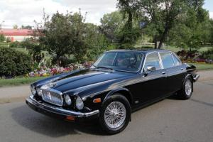 Jaguar : XJ12 Vanden Plas Photo