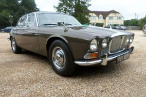 Daimler Sovereign 4.2 1971 series 1