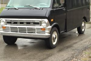 Ford : Other ambulance