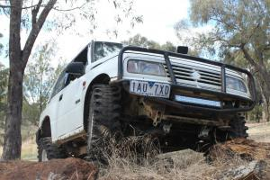 1991 Suzuki Vitara JX 4x4 Hardtop Manual 1 6L Carb in VIC