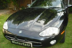 2002 Jaguar XK8 4.0 auto 2 OWNERS,9 JAGUAR SER/STAMPS,LOW ROAD TAX,PRIVATE REG Photo
