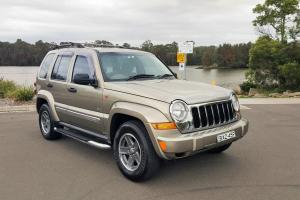 Jeep Cherokee 65th Anniversary 4x4 2007 4D Wagon Suit Toyota Nissan Buyer in NSW