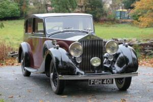 1938 Rolls-Royce 25/30 Park Ward Razor Edge Saloon GZR22 Photo