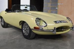 1966 Jaguar E-Type Series I Roadster (4.2 litre) Photo