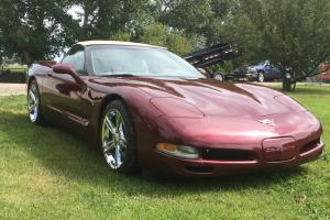 Chevrolet : Corvette 50th Anniversary