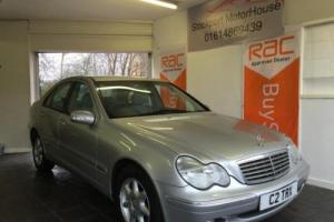 2003 C MERCEDES-BENZ C CLASS 1.8 C180 KOMPRESSOR ELEGANCE SE 4D 143 BHP Photo