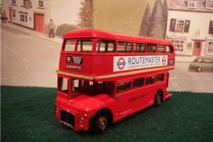 EFE 30303 Routemaster Prototype RM2 London Transport bus boxed (myn31)