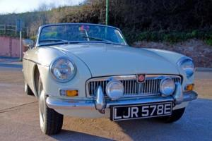 1967 MGB Roadster ***Old English White***