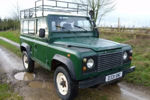 Land Rover: Defender 90