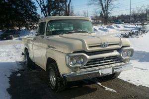 Ford: F-100 Pick up
