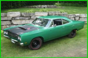 Plymouth: Road Runner