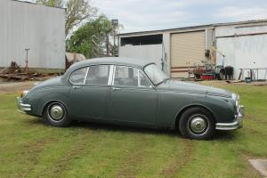 Daimler 1965 2 5 LT V8 Auto in VIC Photo