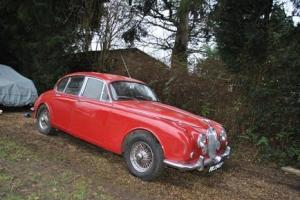 1968 Jaguar Mk.II Saloon (2.4 litre) Photo