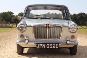 MG 1100 SALOON Photo