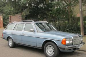 1985 Mercedes-Benz 230TE Estate W123 Petrol. 7 Seater. AUTO. Elec windows/S/Roof