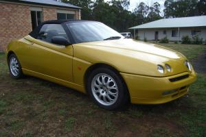 Alfa Romeo Spider Millennium 2000 Convertible Manual 2L Multi Point in VIC