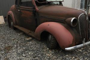 Plymouth: coupe businessman