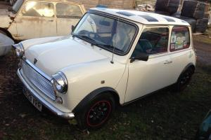 1995 ROVER MINI SIDEWALK WHITE - Great Condition. Garaged indoors. Rare White.  Photo