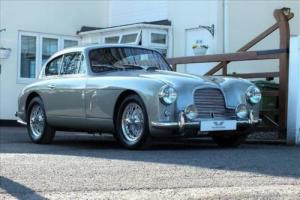 Aston Martin DB2/4 Photo