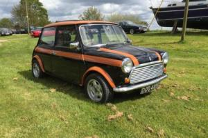 Austin Mini Special Build - Rare - Full restoration - must see - private plate