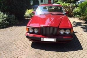 Bentley Turbo R 6.8 (LWB) Pearl Red Photo