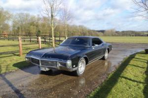 1969 Buick Riviera V8 in black part ex possible