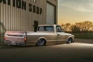 American Chevy C10 5.7 V8 350 Pickup Truck with air ride suspention