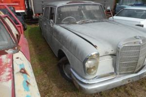 Early 60'S Merc 220 S in QLD