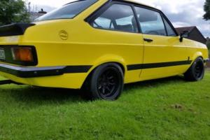 FORD ESCORT RS 2000 BROADSTRIPE SIGNAL YELLOW