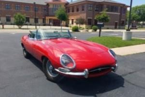 Jaguar E type 1964 3.8L, matching numbers, excellent running car without rust!!!
